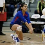 Alyssa Montoya passes the ball